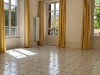 Appartement 2 pièces 81,92 m2