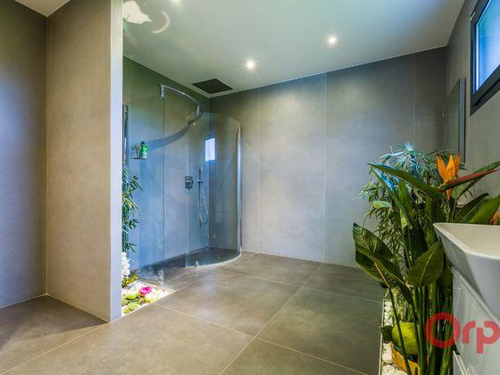 Vente maison 8 pièces 350 m2