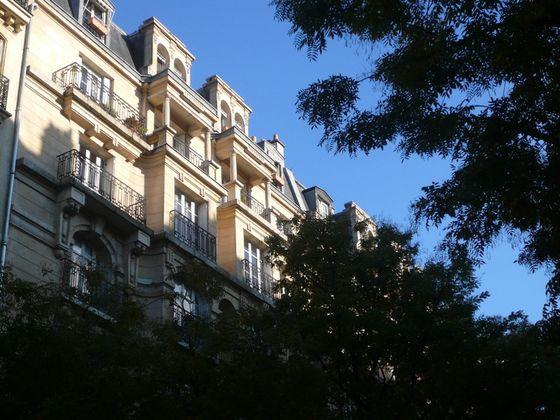 Location appartement 3 pièces 111 m2