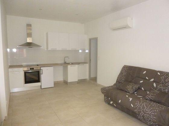 Location d\'Appartements à Nimes (30) : Appartement à Louer
