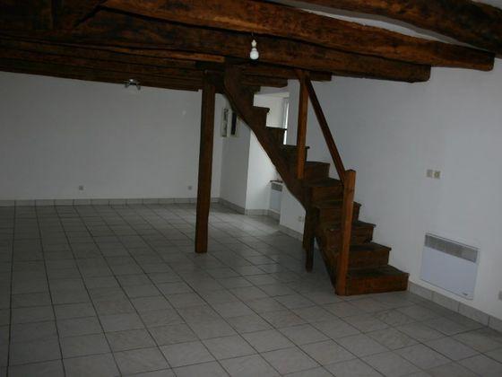 Location maison 3 pièces 72 m2