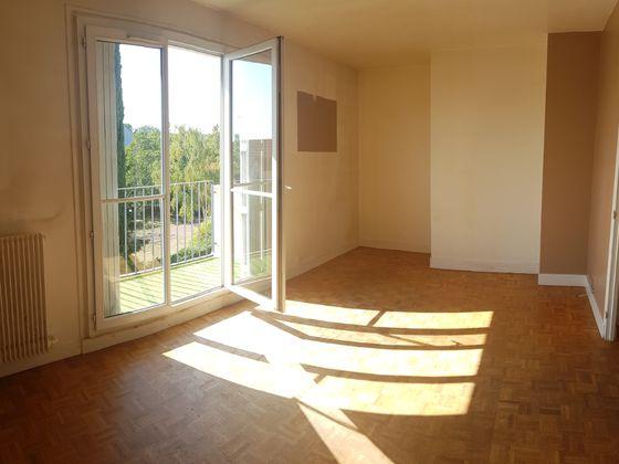Location appartement 3 pièces 64,38 m2