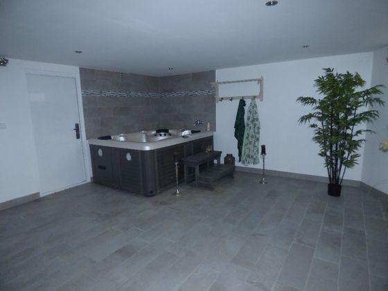 Vente maison 7 pièces 276,43 m2