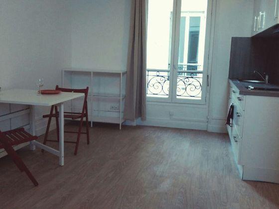 Location studio 27,68 m2