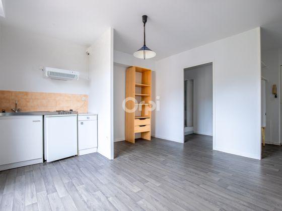 Location studio 21,88 m2