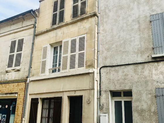 Vente maison 6 pièces 75 m2
