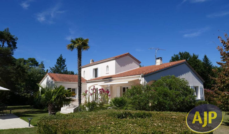 Maison avec terrasse Cestas