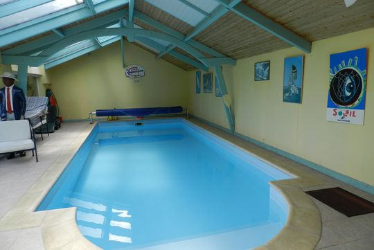 Combourg Luxury House With Pool For Sale