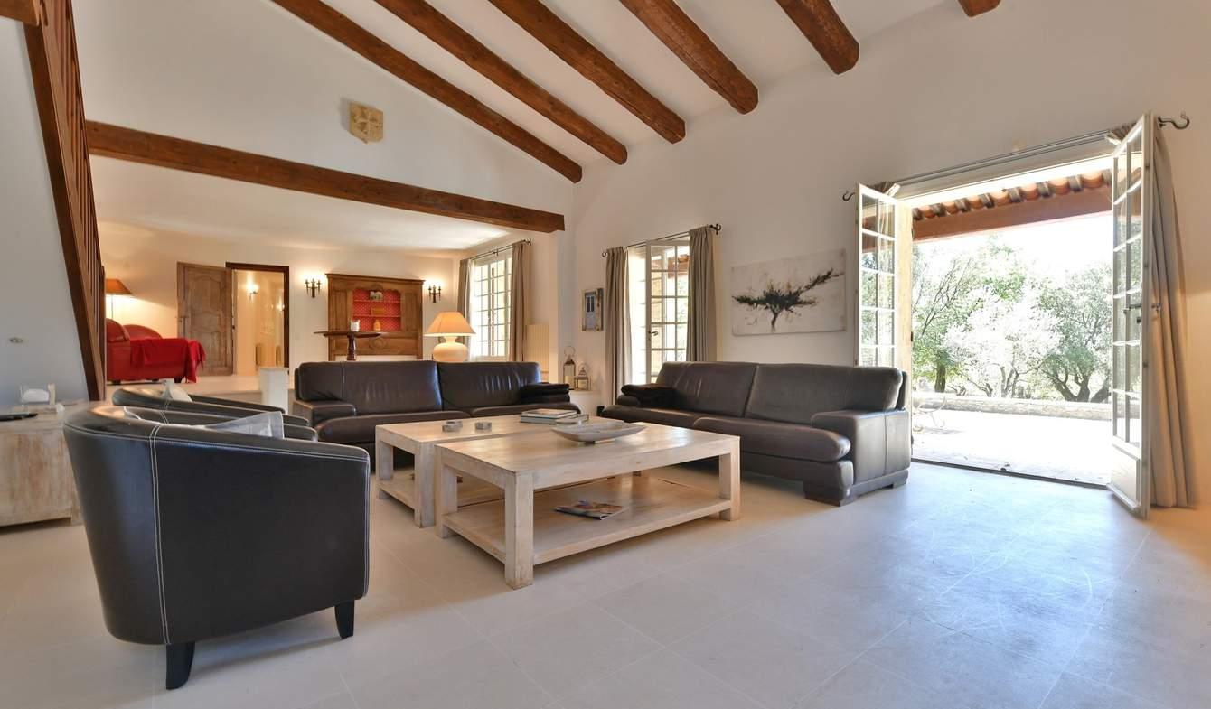 House with pool Uzès