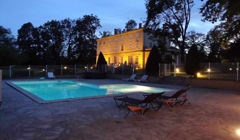 Propriété avec piscine et jardin Feurs