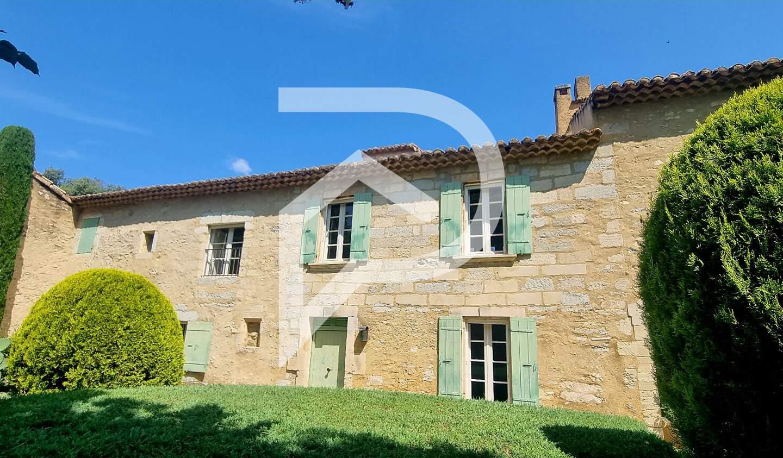 Property with pool Barbentane
