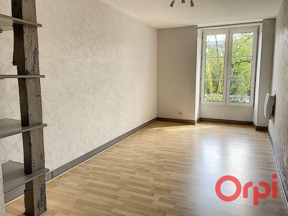 Location maison 5 pièces 210 m2