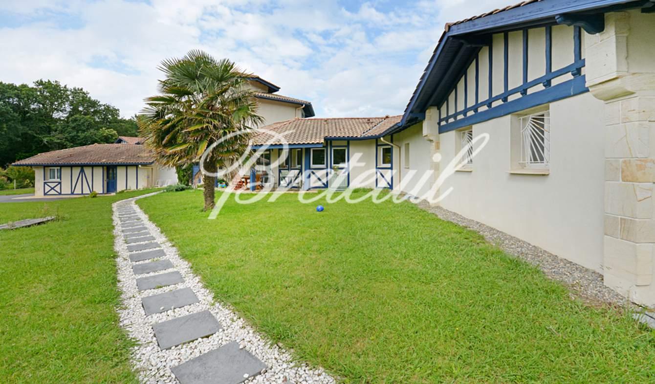 Villa avec piscine et jardin Bidart