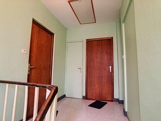 Vente divers 15 pièces 80 m2