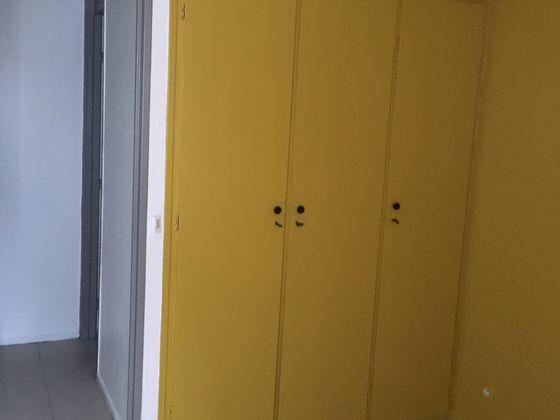 Location appartement 3 pièces 48,49 m2