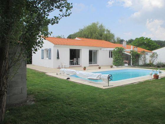 Location villa 4 pièces 75 m2