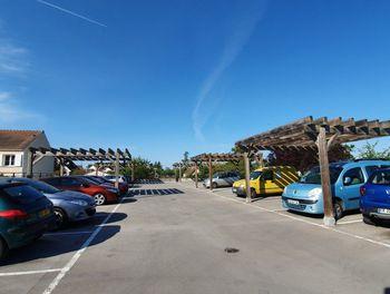 parking à Guignes (77)