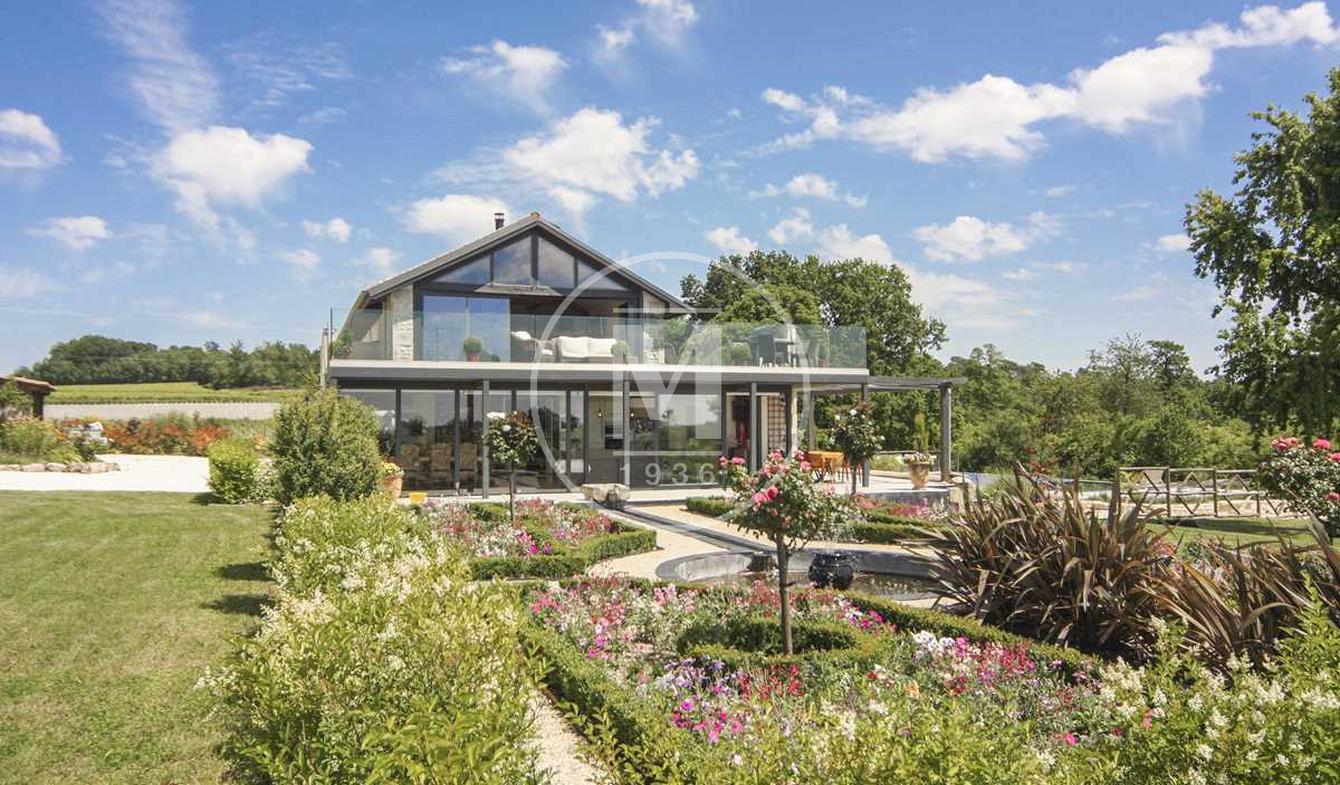 Maison avec piscine et terrasse Châteauneuf-sur-Charente