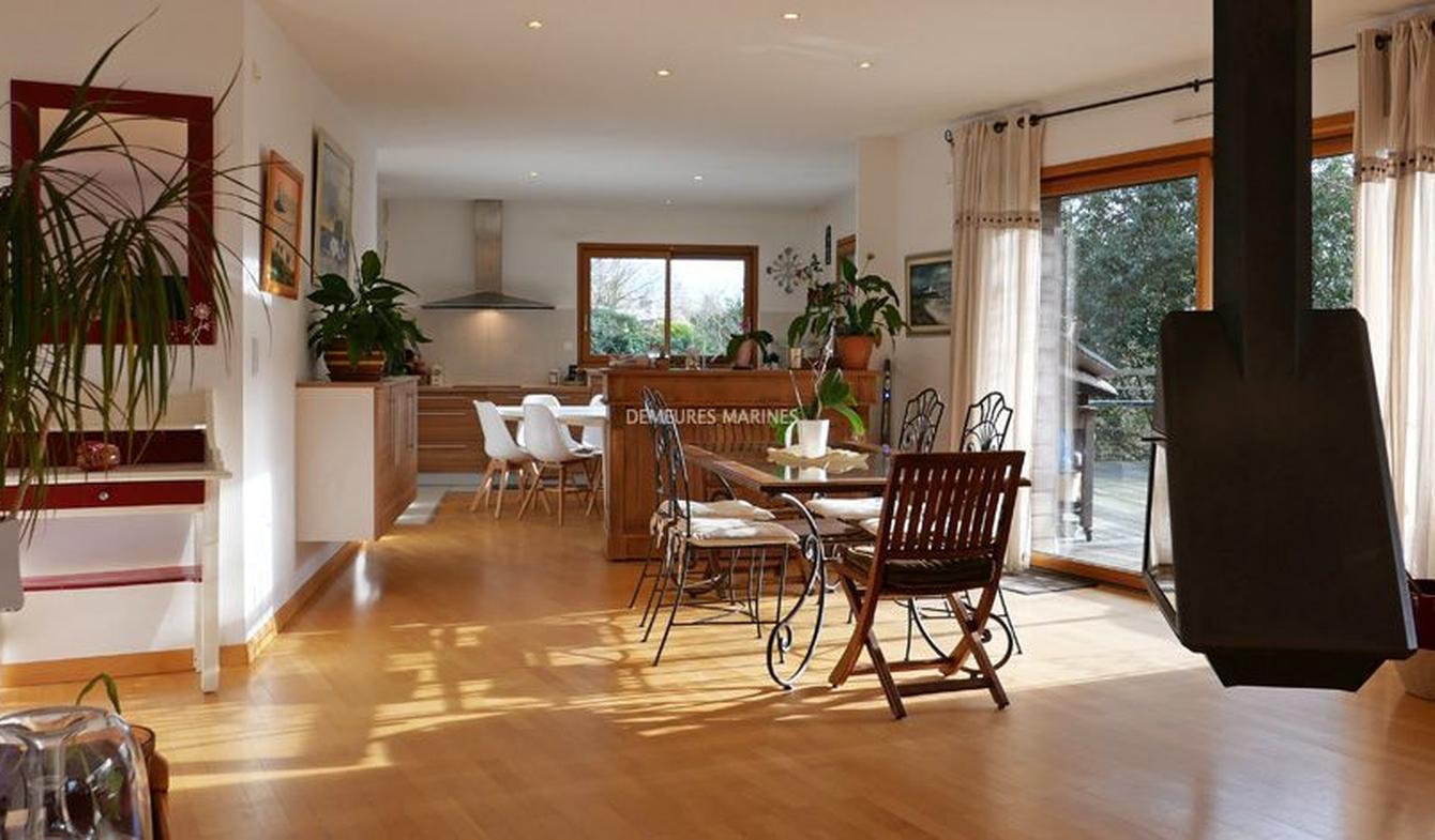 House with terrace Auray