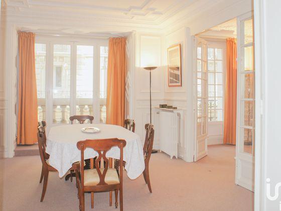 Location appartement meublé 4 pièces 115 m2
