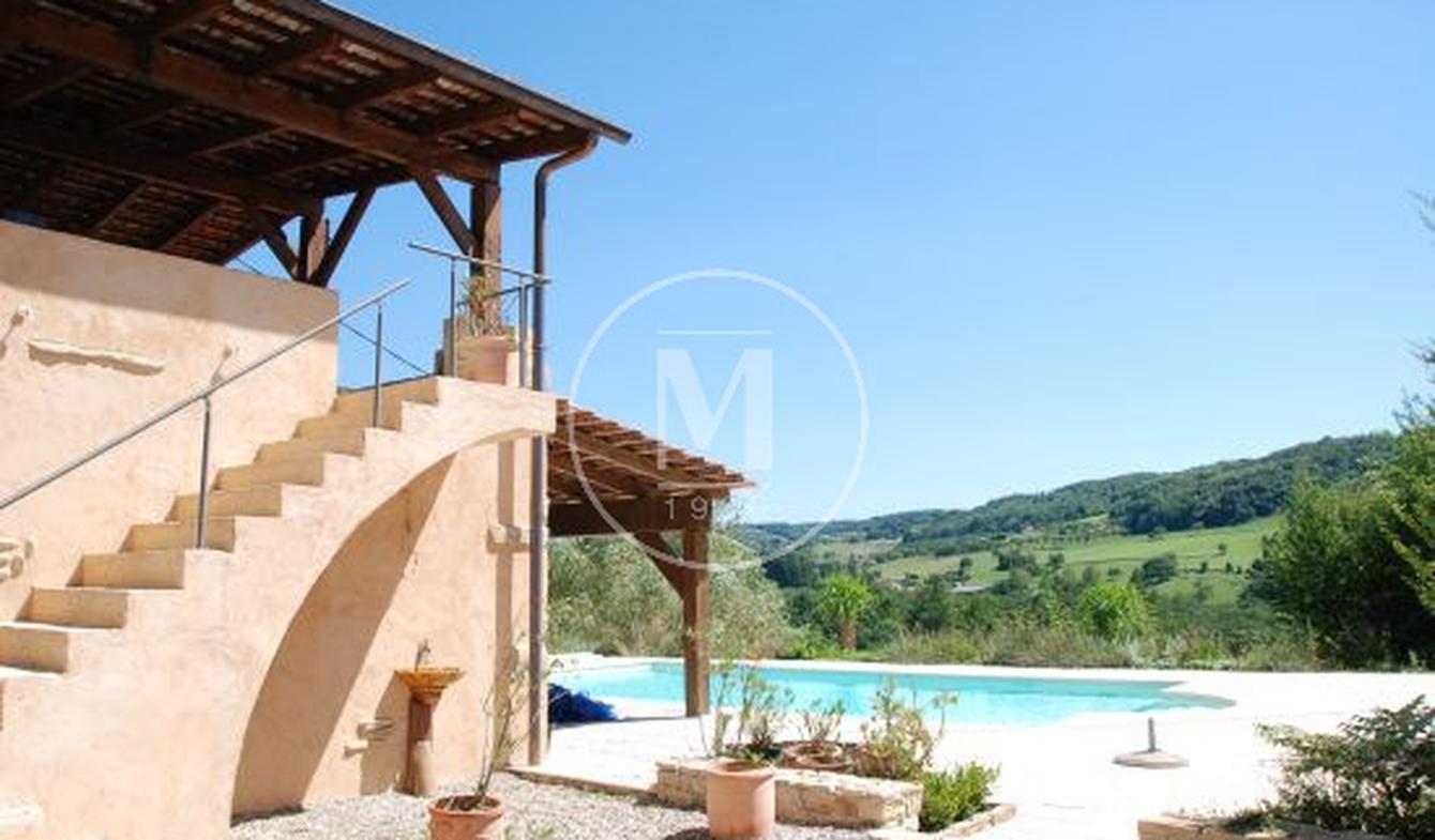 Maison avec piscine et terrasse Miribel
