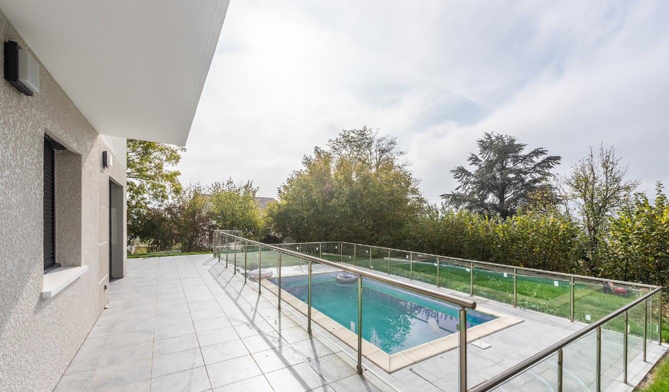 Maison avec terrasse Vallieres
