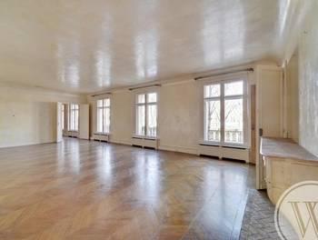 Appartement 9 pièces 456 m2