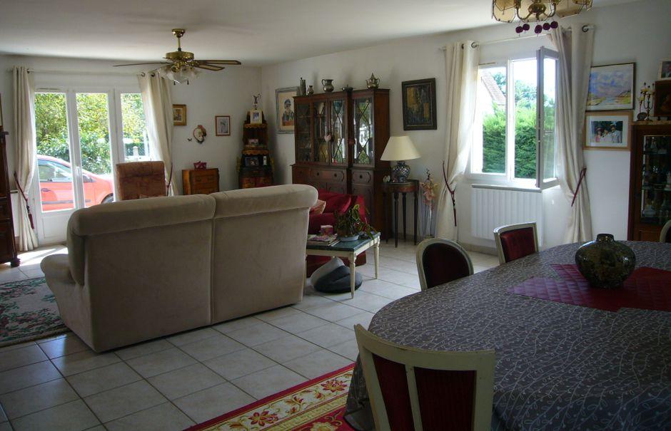 Vente maison 5 pièces 140 m² à Ouzouer-sur-Loire (45570), 220 000 €
