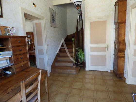 Vente maison 11 pièces 226,42 m2