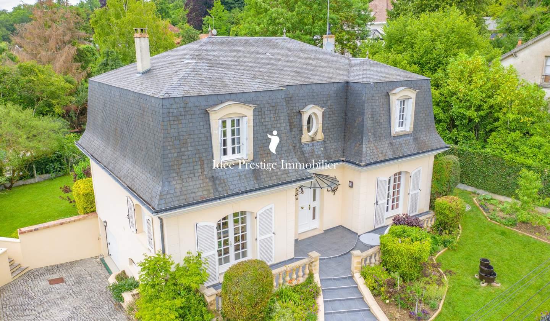 Maison avec terrasse Vaux-le-Pénil