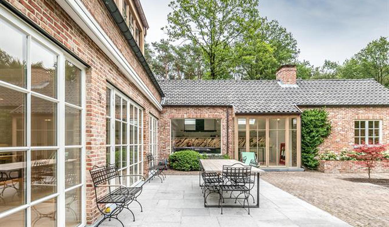 Maison avec piscine et terrasse Schilde