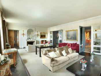 Appartement 5 pièces 225,14 m2