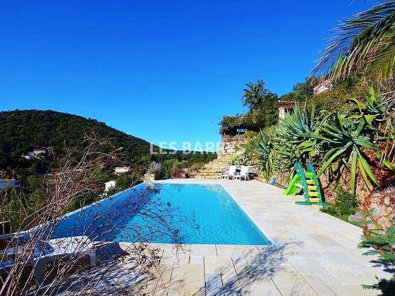 Vente villa 8 pièces 175 m2