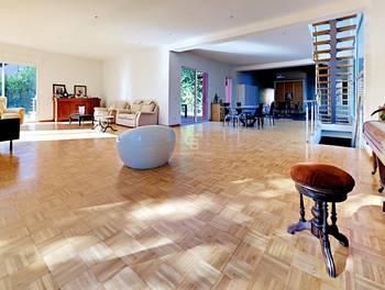 Maison 7 pièces 340 m2
