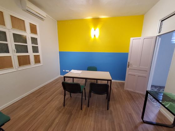 Location divers 6 pièces 14 m2