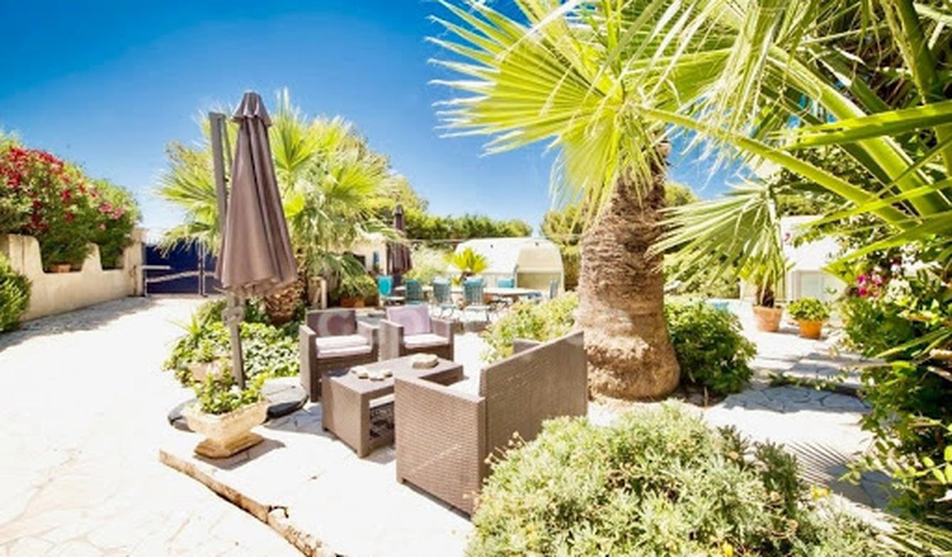 House with pool and terrace Sausset-les-Pins