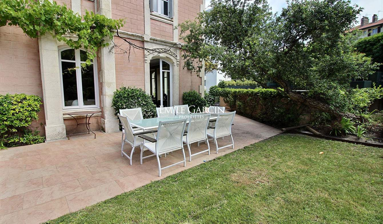 Apartment with pool Biarritz