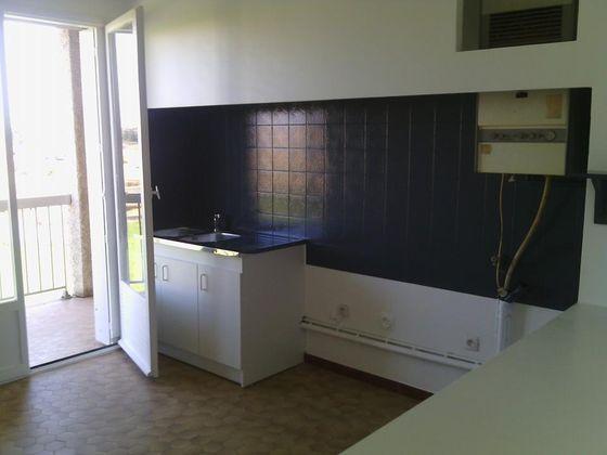 location Appartement 3 pièces 75 m2 Beziers