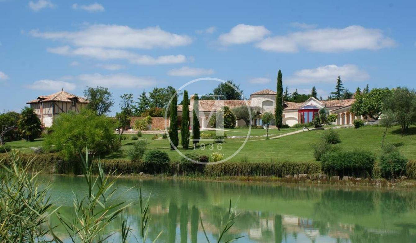 House with pool and terrace Marmande