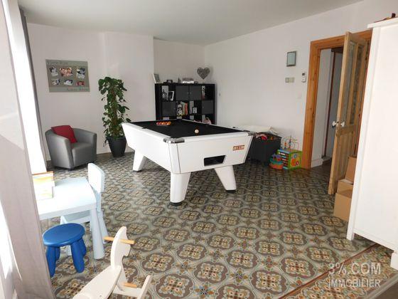 Vente maison 5 pièces 168 m2