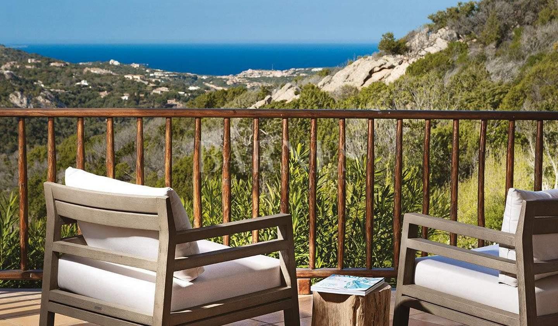 Villa with pool and garden Porto Cervo