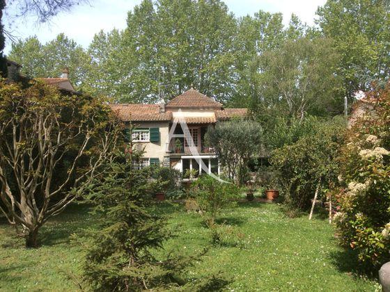 Vente maison 9 pièces 318,14 m2
