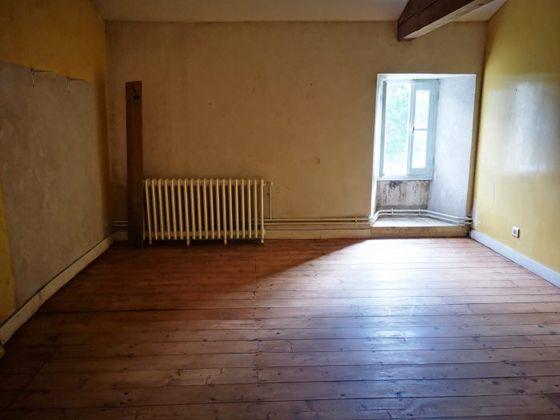 Location maison 6 pièces 286 m2