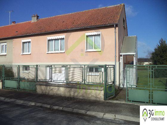 vente Maison 5 pièces (70 m²) 101 000 € Provins (77) 38c2eae5998a