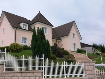 Maison 10 pièces 393 m2