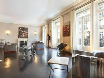 Appartement 5 pièces 216,34 m2