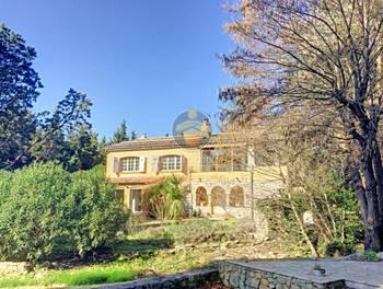 Villa 6 pièces 293 m2