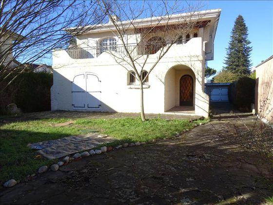 Vente maison 8 pièces 207 m2