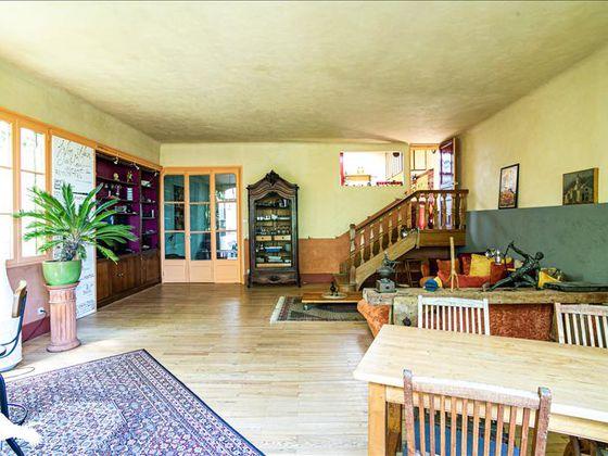 Vente maison 11 pièces 225 m2