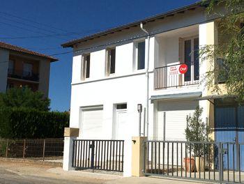 maison à Caussade (82)